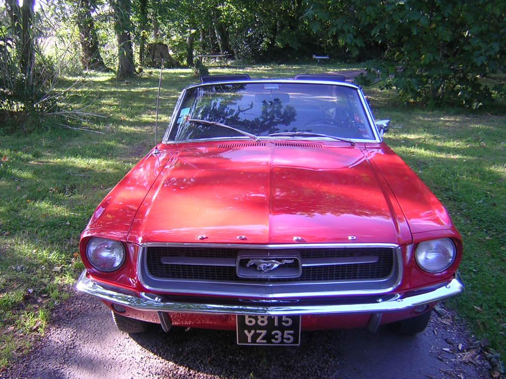 ford mustang 1967 v hicules bretagne roadster vente de voitures de collection en normandie. Black Bedroom Furniture Sets. Home Design Ideas